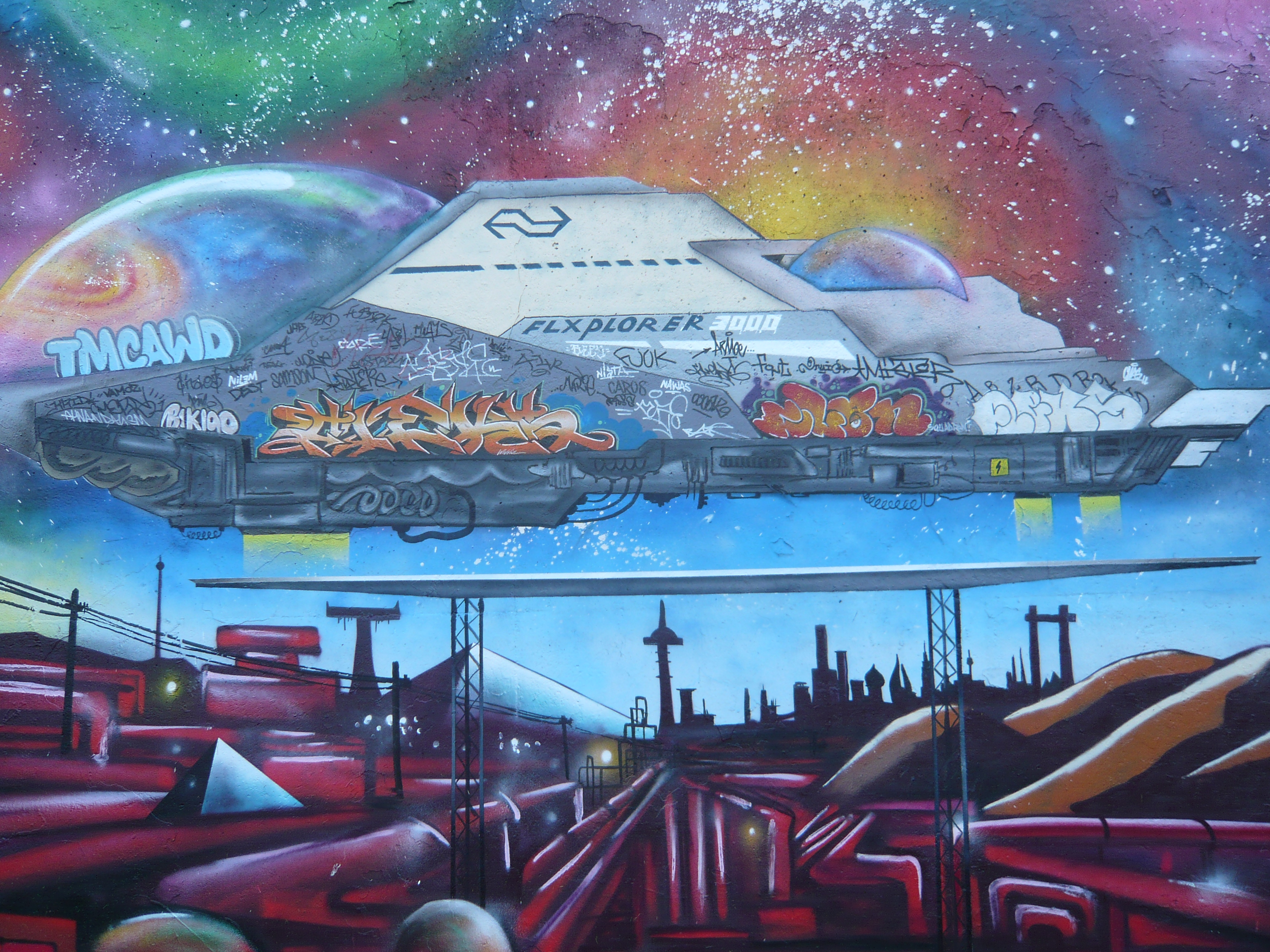lonely-planet-graffiti-art-spaceship-Eindhoven-Berenkuil