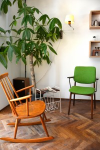Lucifer-Coffee-Eindhoven-Rocking-Chair