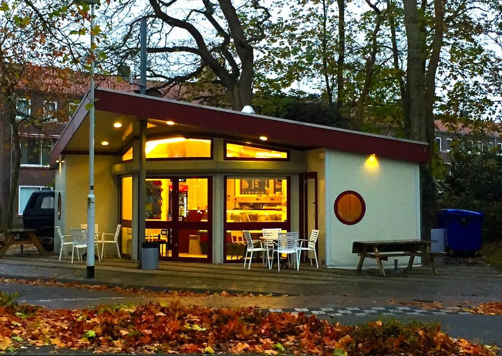 fries-eindhoven-take-away-restaurant-dinner-hotspot-snack-snacks