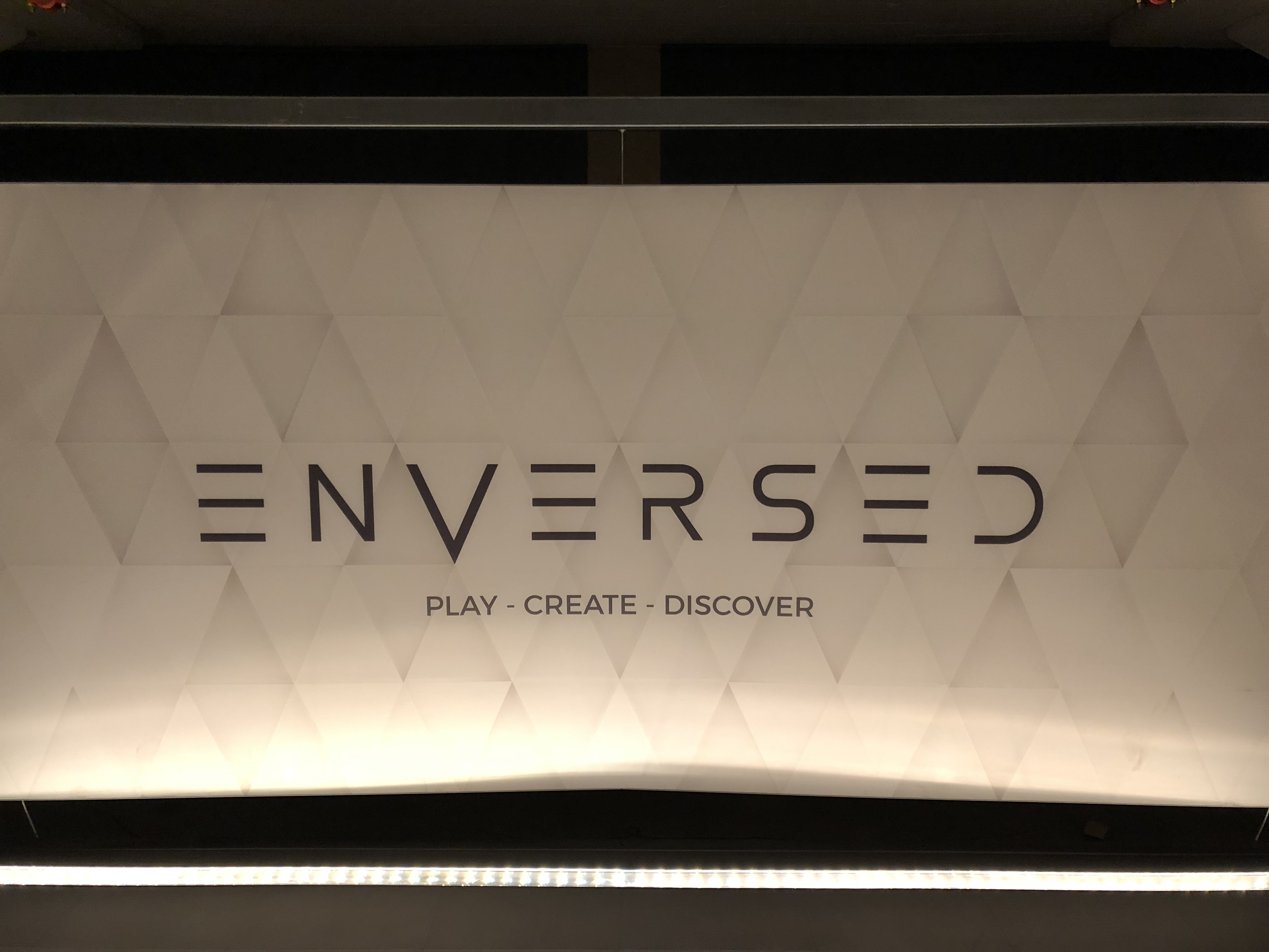 ENVERSED-Eindhoven-VR-Gaming-night-out-drinks